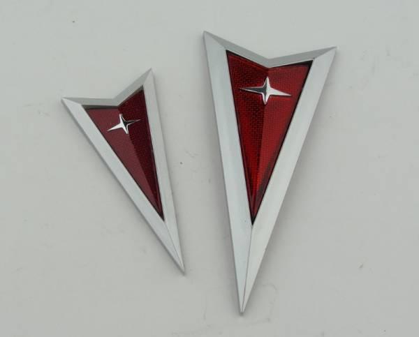 Max Preformane 04-06 GTO Front and Rear Arrowhead Emblem Set/2